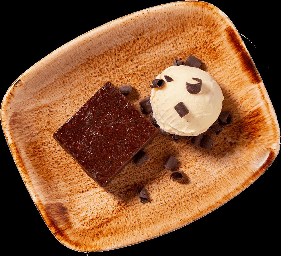 Warme brownie met vanille-ijs